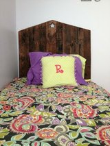 pallet headboard head board bed in Camp Lejeune, North Carolina
